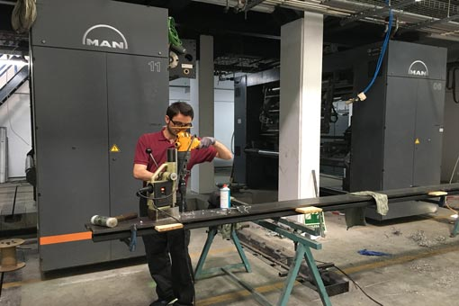 Retrofit-mecanico-en-maquina