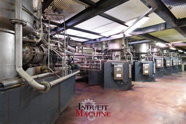 Desmontaje de maquinaria en industria