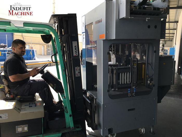 Montaje de maquinas en fabrica