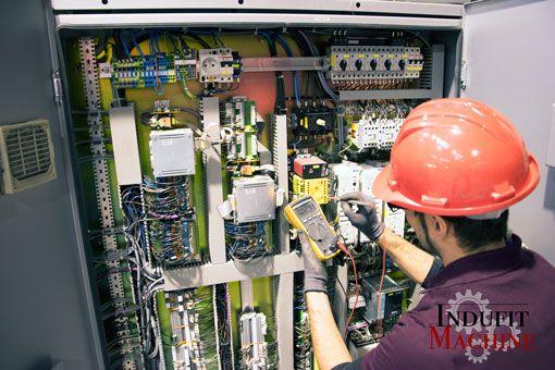 Traslado-de-maquinaria-tecnico-electrico-compressor